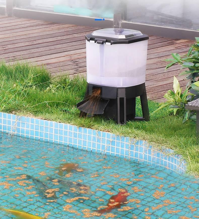 Автокормушка на солнечной батарее для прудовых рыб